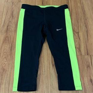 Nike Dri-Fit Cropped Leggings Black & Neon Yellow